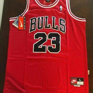 Chicago Bulls Michael Jordan Jersey Size Large Red